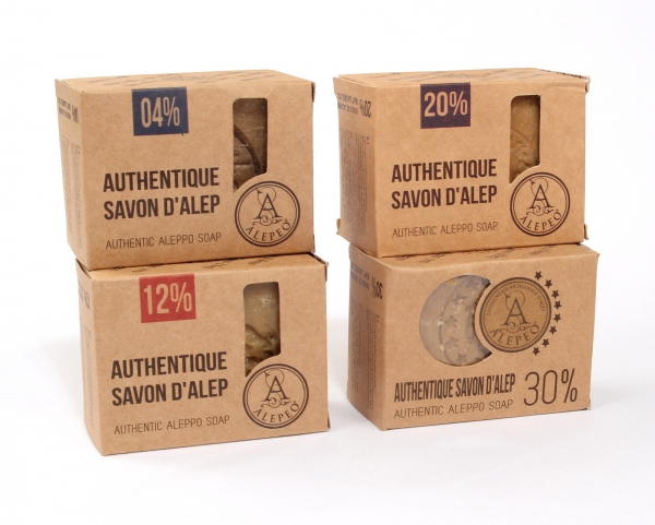 Natural Olivenölseife mit 3 % Lorbeeranteil Block